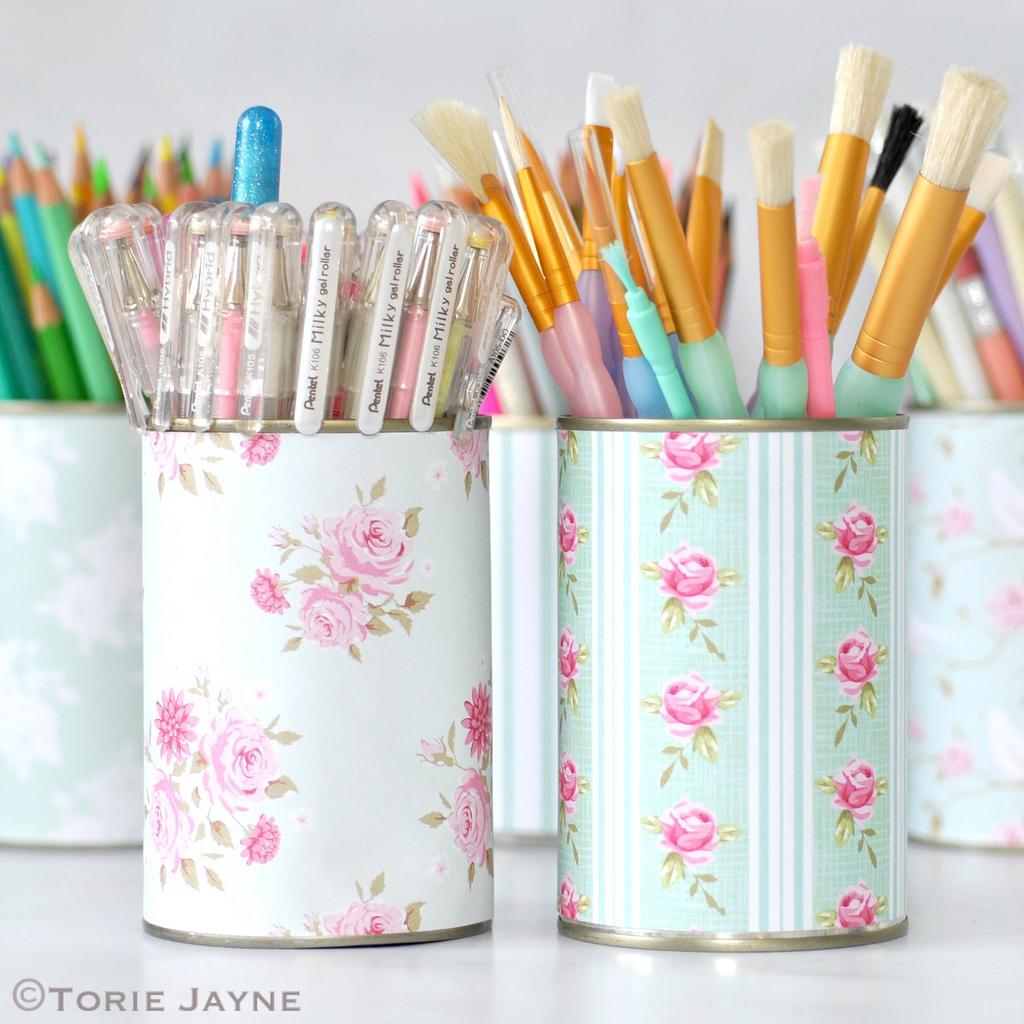62 Pretty Pen Pots via simphome