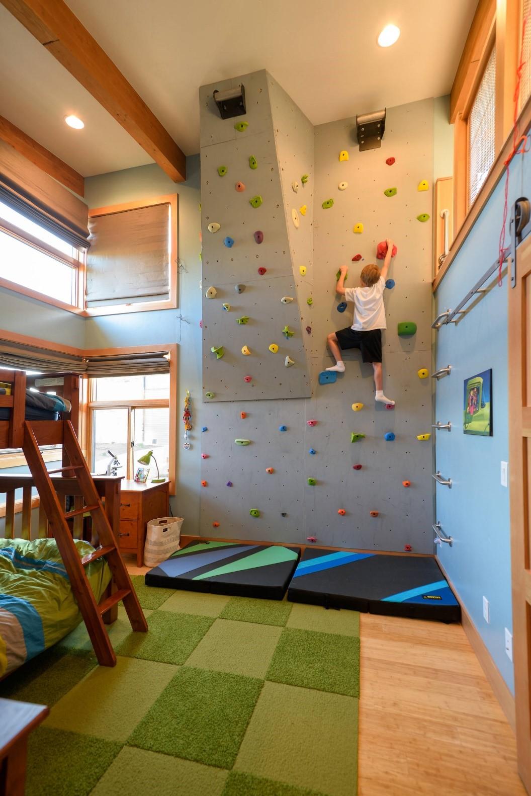 9 Climb The Wall Up via simphome
