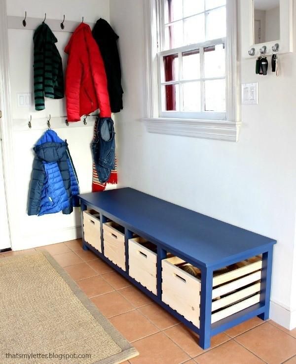 10 Shoe Bench with Four Crates via simphome