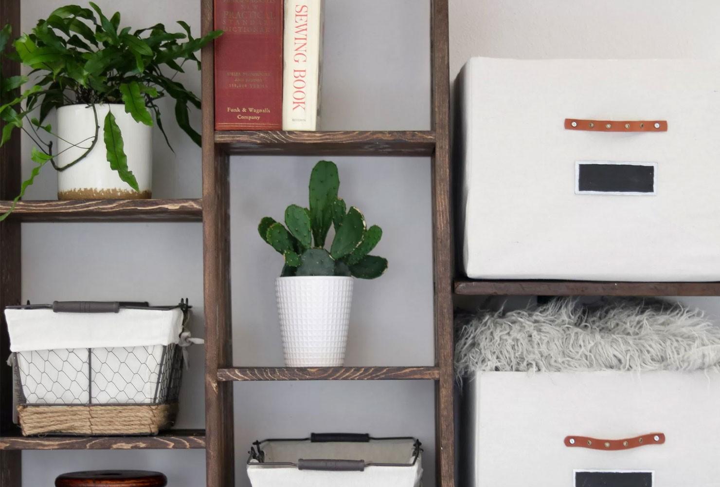 3 Wooden Shelf via simphome