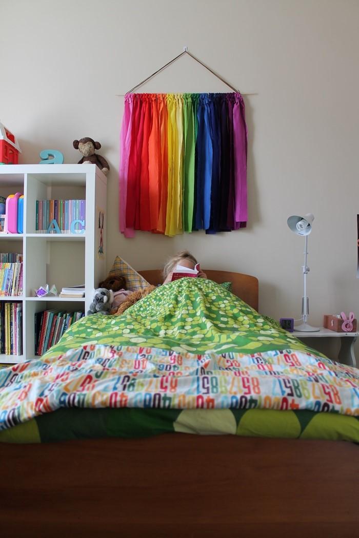 6 Rainbow Wall Hanging via simphome