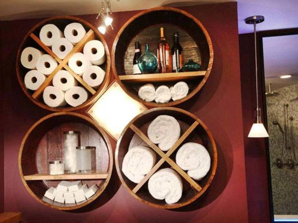 7 Round Rack Bathing Wall Decor via simphome