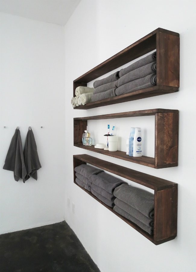 9 Square Rack Bathing Wall Decor via simphome