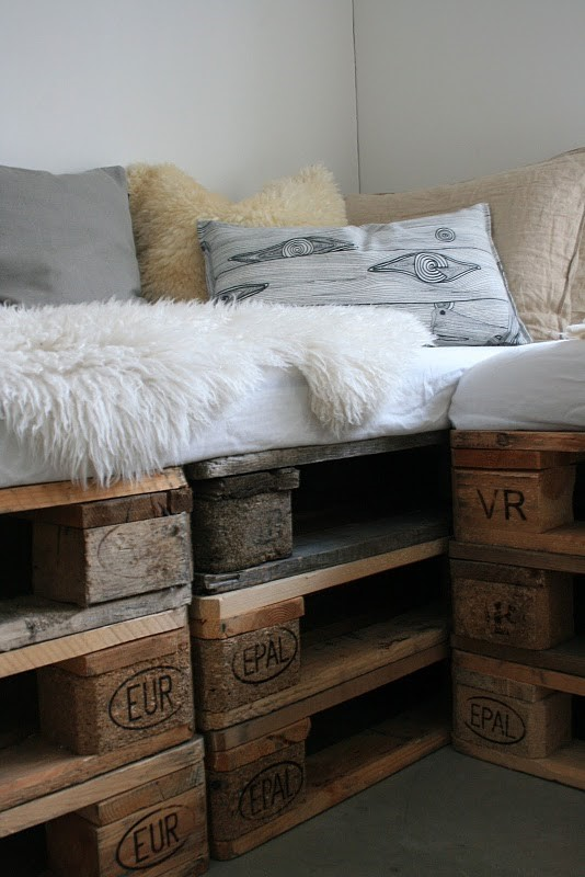 DIY How to make indoor pallet sofa and outdoor via simphome 2