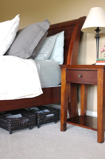 1 Under the Bed Storage Baskets via simphome
