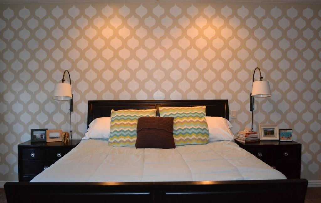 2 Stencilled Accent Wall via simphome