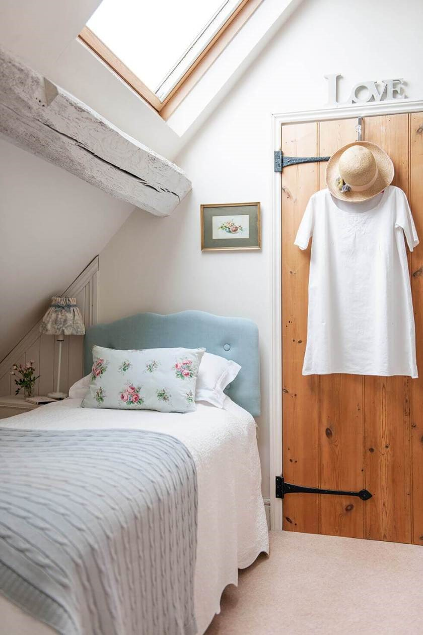 1 Corner Loft Bed via Simphome