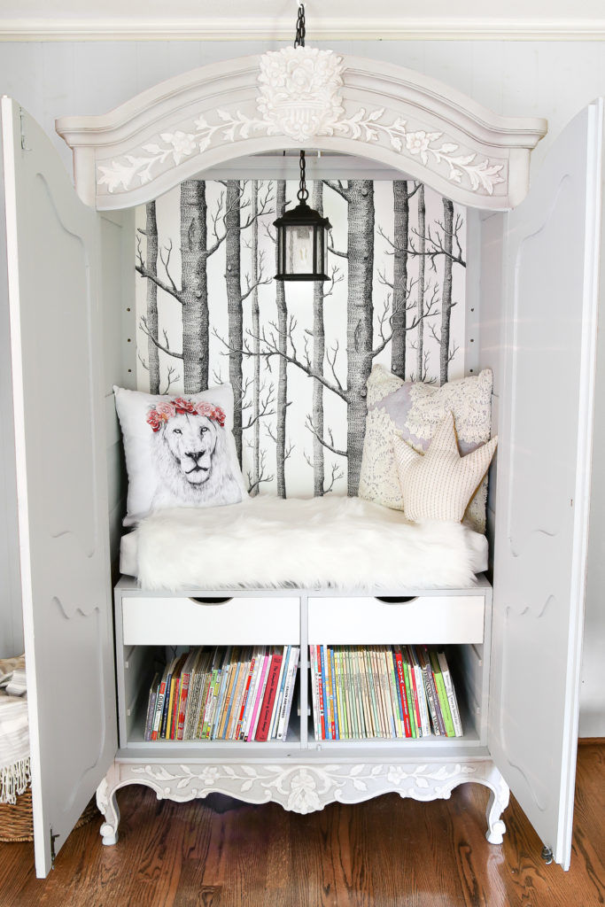 10 A Reading Nook idea via Simphome 1