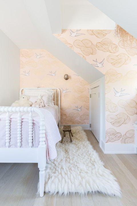 6 Nest Like Loft Bedroom via Simphome