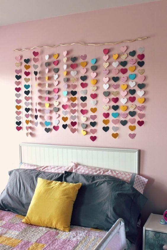 6 Simple Wall Art for a bedroom idea via Simphome