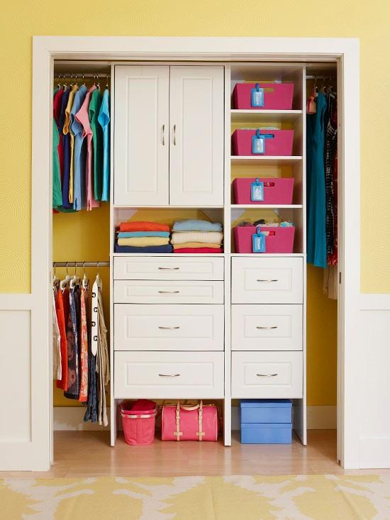 1.Reorganize Your Closet Every Season via Simphome