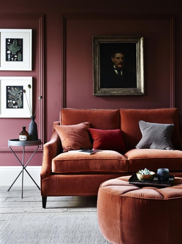 7. Luxurious Deep Hues via Simphome
