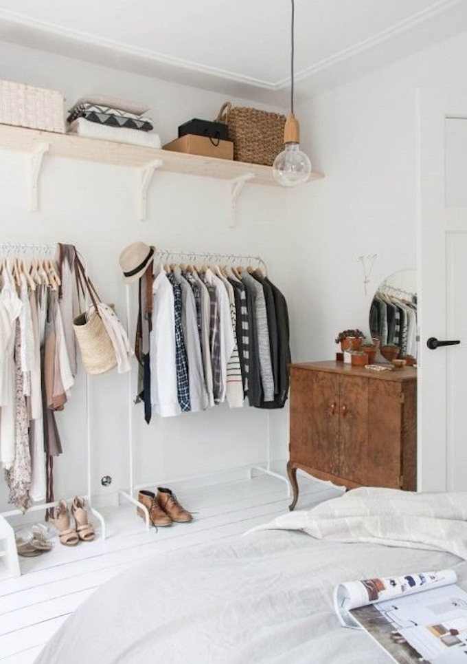 7. Organize Your Clothes Wisely via Simphome