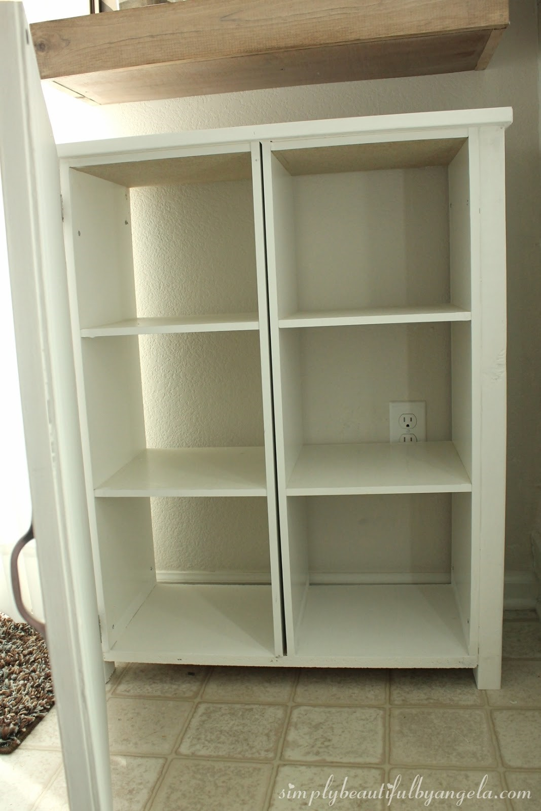 7. Turning Cheap Cubes into Stylish Cabinets via Simphome