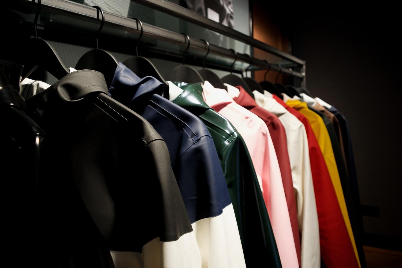 9. Bring in the Seasonal Clothes via Simphome.com