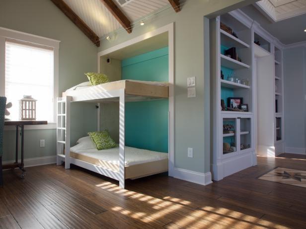 3. Murphy Bunk Bed via Simphome