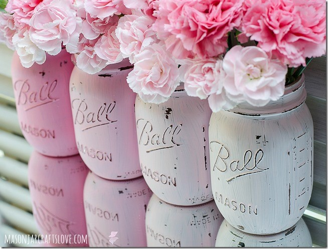 4. Fabulous Pink Mason Jars via Simphome