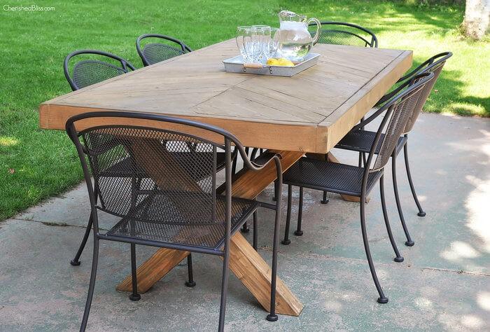 6. Farmhouse Herringbone Table via Simphome