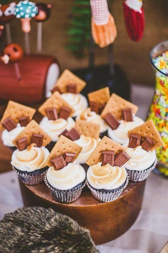 1. Add Some Sweet Cupcakes via SIMPHOME.COM