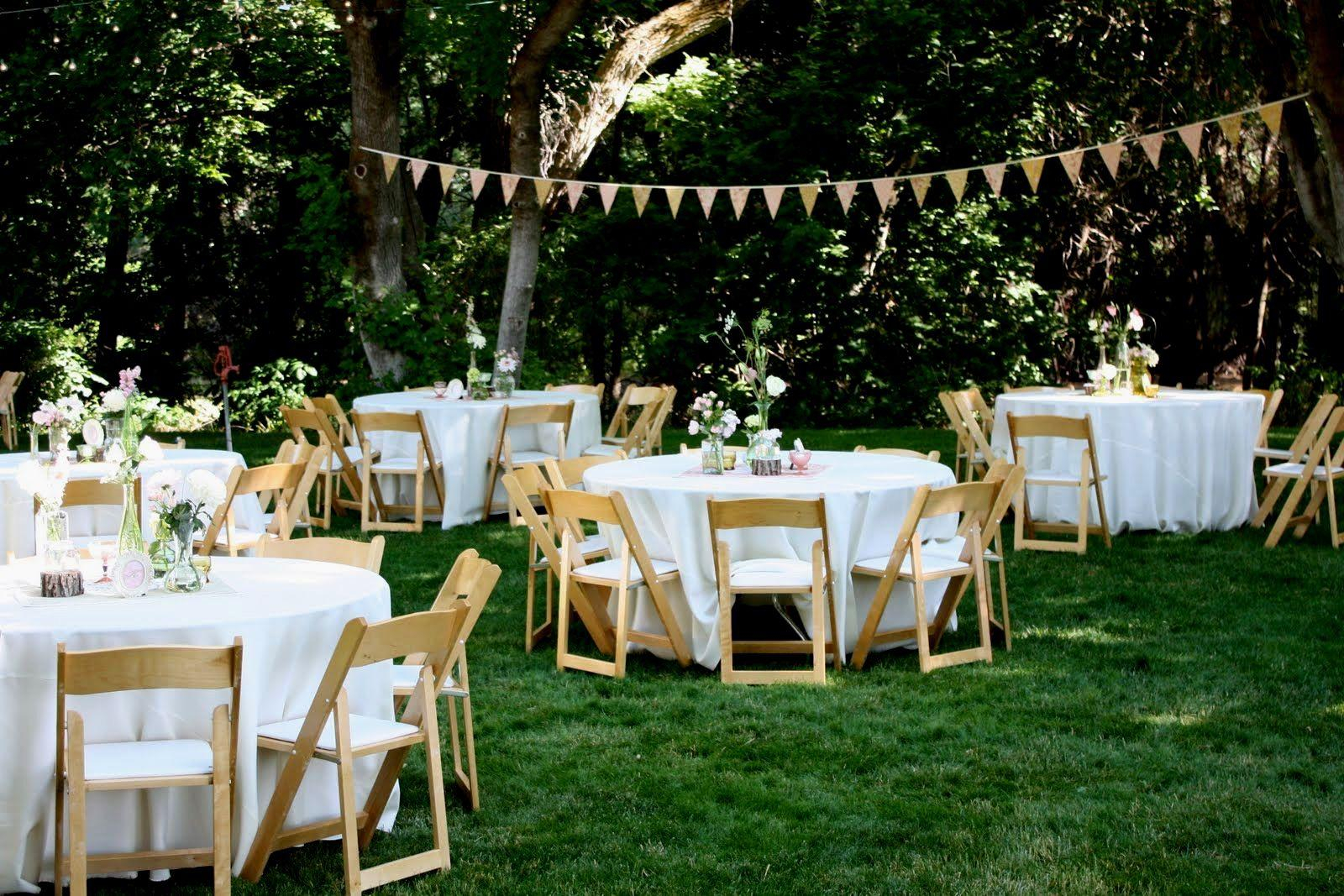 11.backyard wedding idea via Simphome.com
