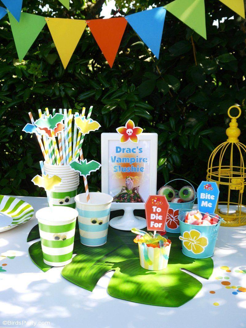 14.a summer backyard camping party with free printables via SIMPHOME.COM