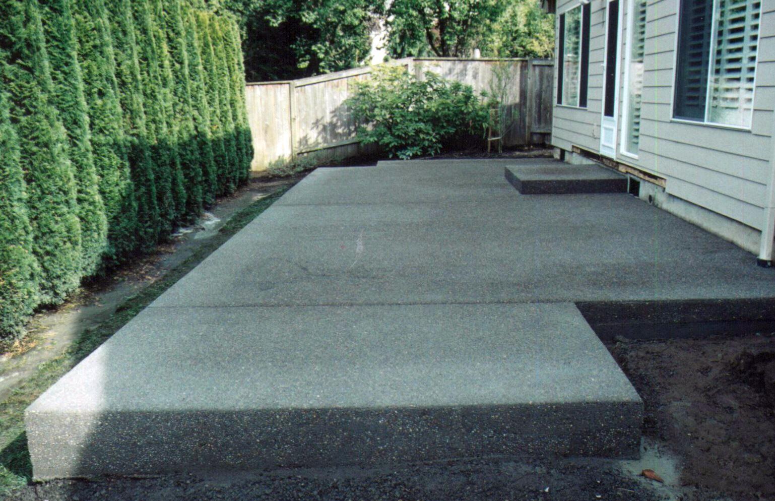 16.Simphome.com small cement patio ideas patio ideas intended for concrete backyard ideas