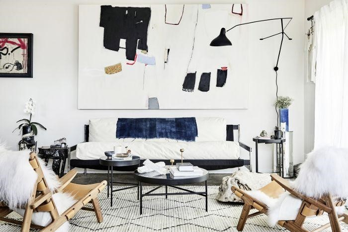 2.You can hang the big scale art piece via Simphome.com