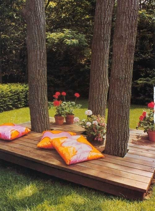 4. DIY Seating Idea via Simphome