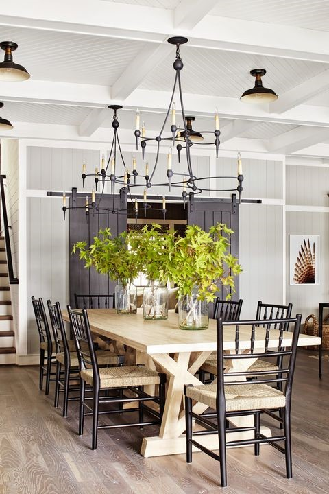 5. Inviting Dining Room via Simphome