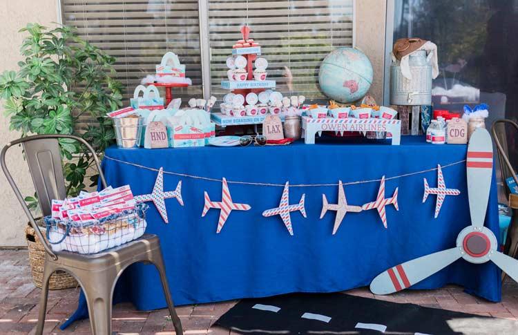 5.Cool Aviation Theme Birthday Party Idea via Simphome.com