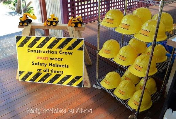 6.Construction Work Birthday Party Idea via Simphome.com