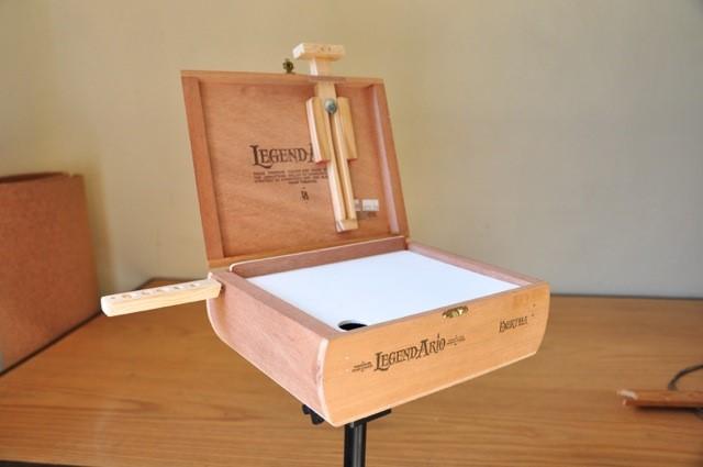 7. Pochade Box via Simphome