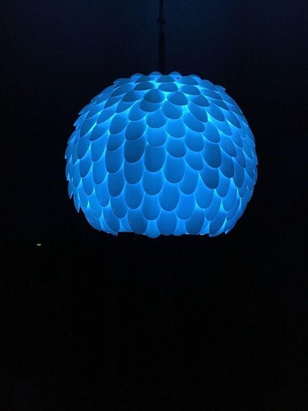 8. Plastic Spoon Lamps via SIMPHOME.COM