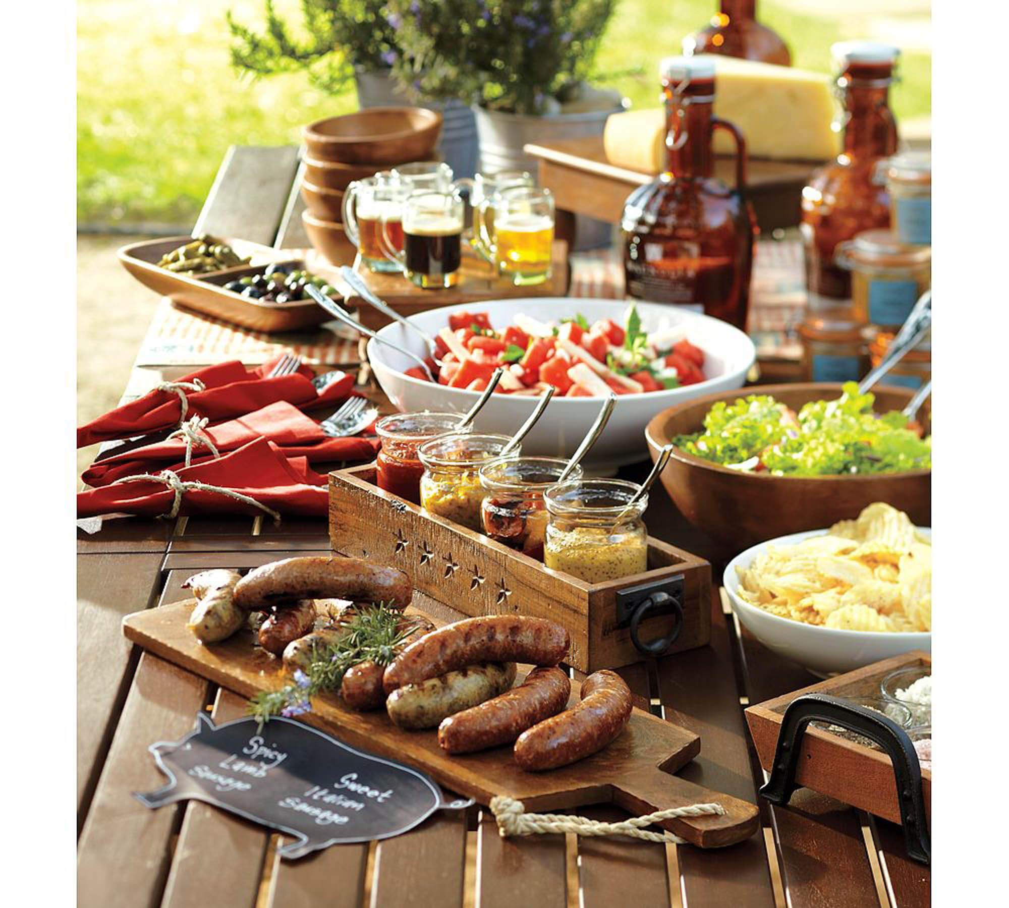 How to Craft Backyard Cookout Ideas via Simphome.com 11
