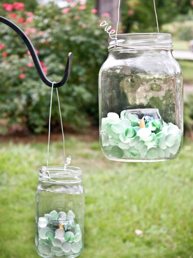 10. Craft your own backyard wedding lamp via Simphome.com