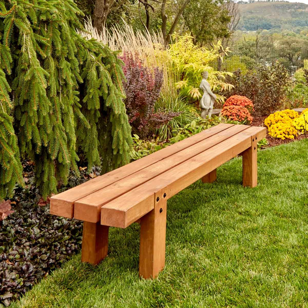 10.SIMPHOME.COM 10 DIY Outdoor Wood Projects Simple Garden Bench