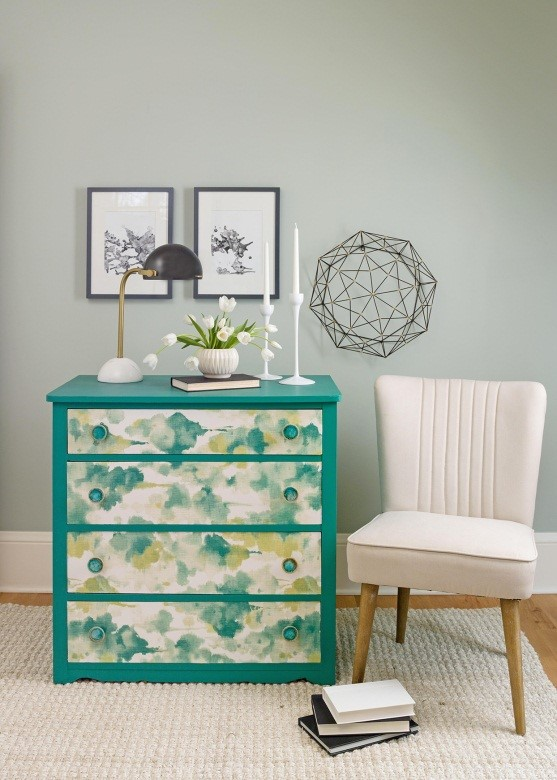 10.SIMPHOME.COM Chest of Drawers Re facing Idea with Wallpaper