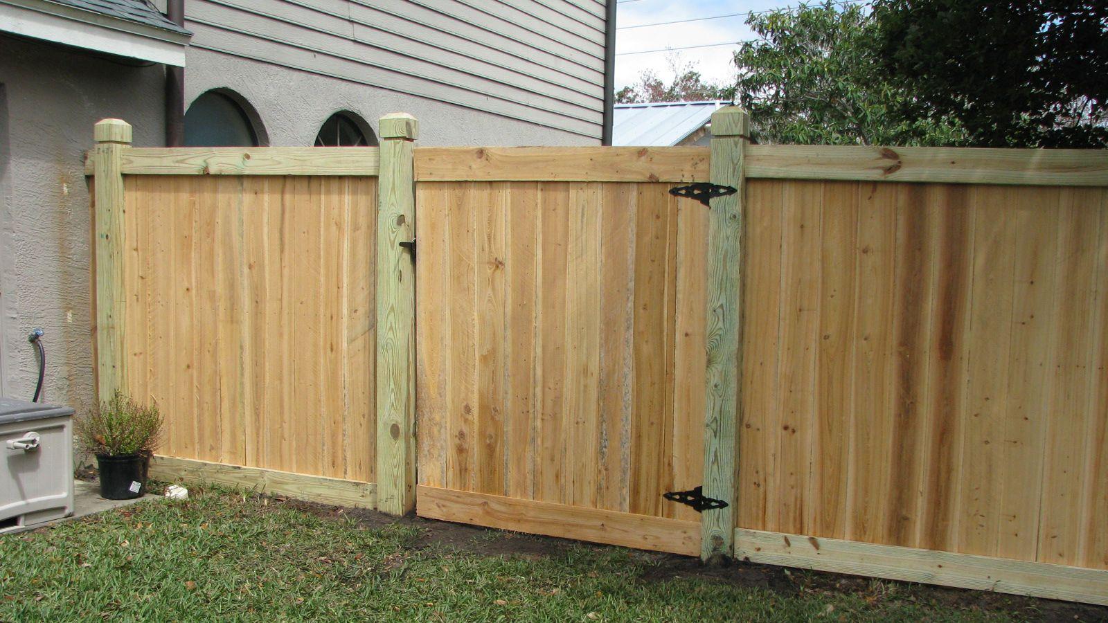 13.SIMPHOME.COM mossy oak fence wood fence designs wood privacy fence wood