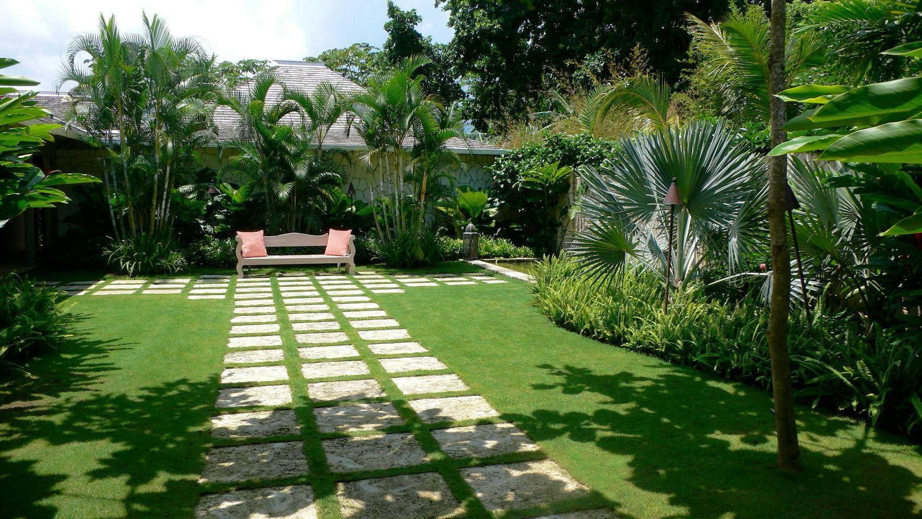 15.SIMPHOME.COM backyard landscape design app backyard landscape ideas southern within backyard landscape design tool