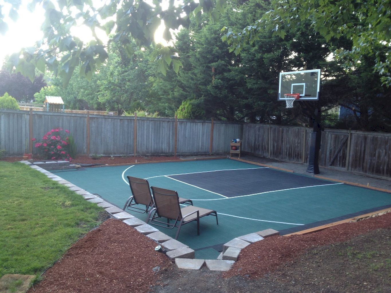 15.SIMPHOME.COM nice sport court backyard design ideas garden