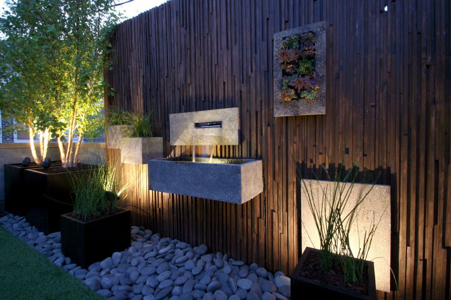 20.SIMPHOME.COM 10 ways to gain privacy in your backyard and garden