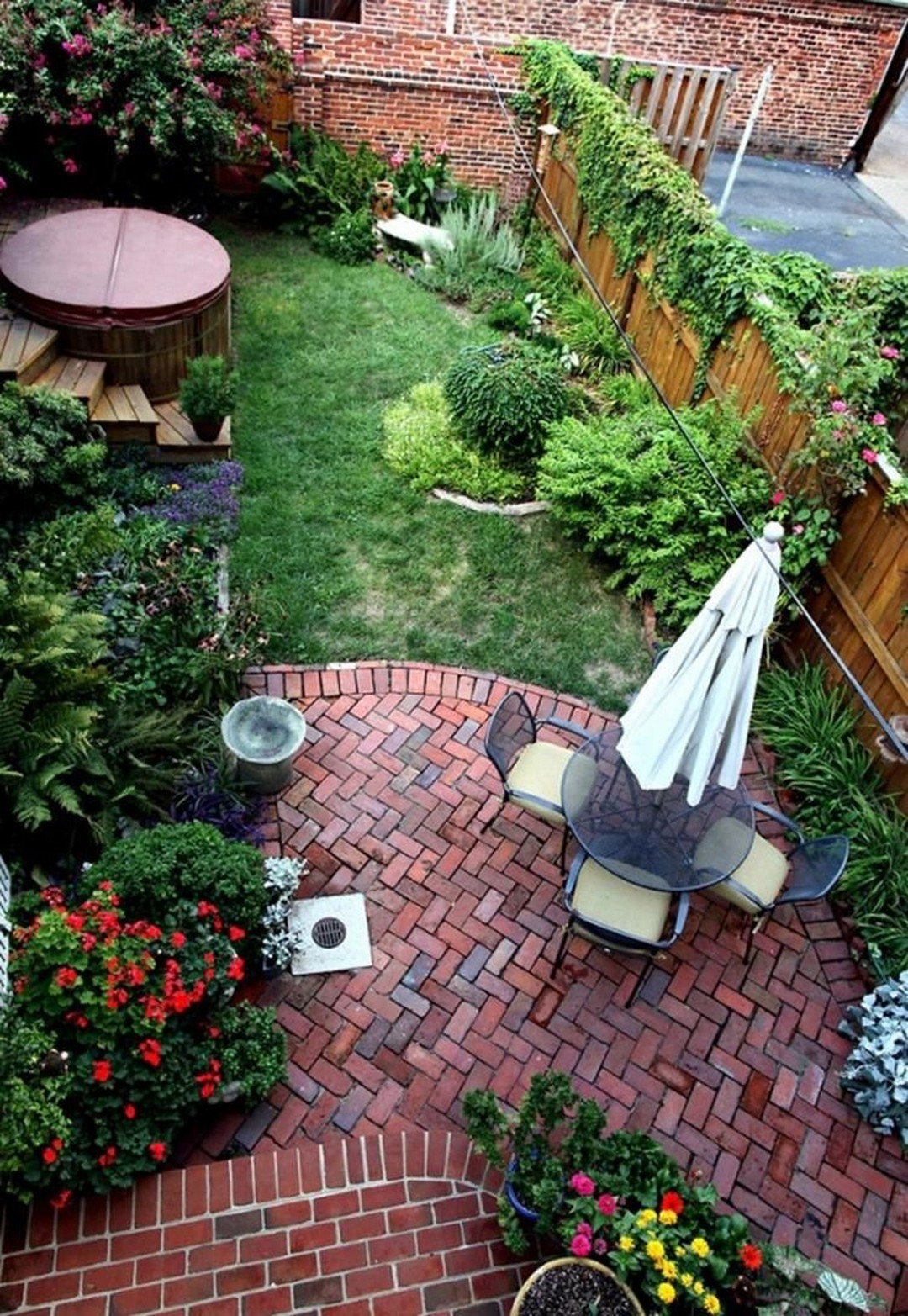 21.SIMPHOME.COM 10 great tips and ideas to create backyard privacy landscaping