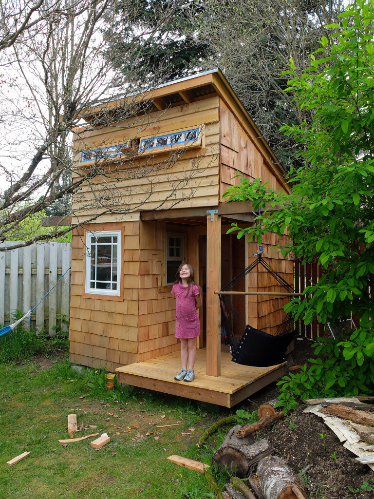 22.SIMPHOME.COM awesome backyard kids playhouse ideas photos