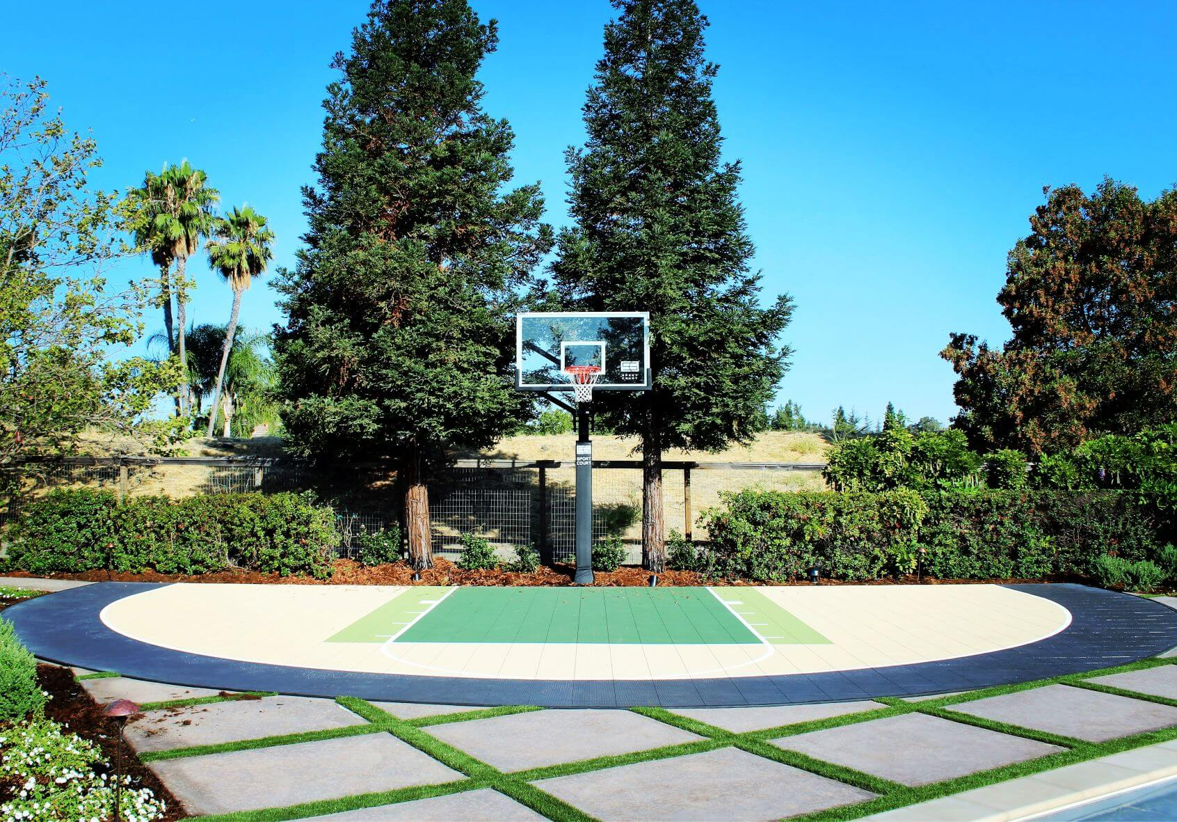 23.SIMPHOME.COM design ideas backyard basketball court allsport america inc