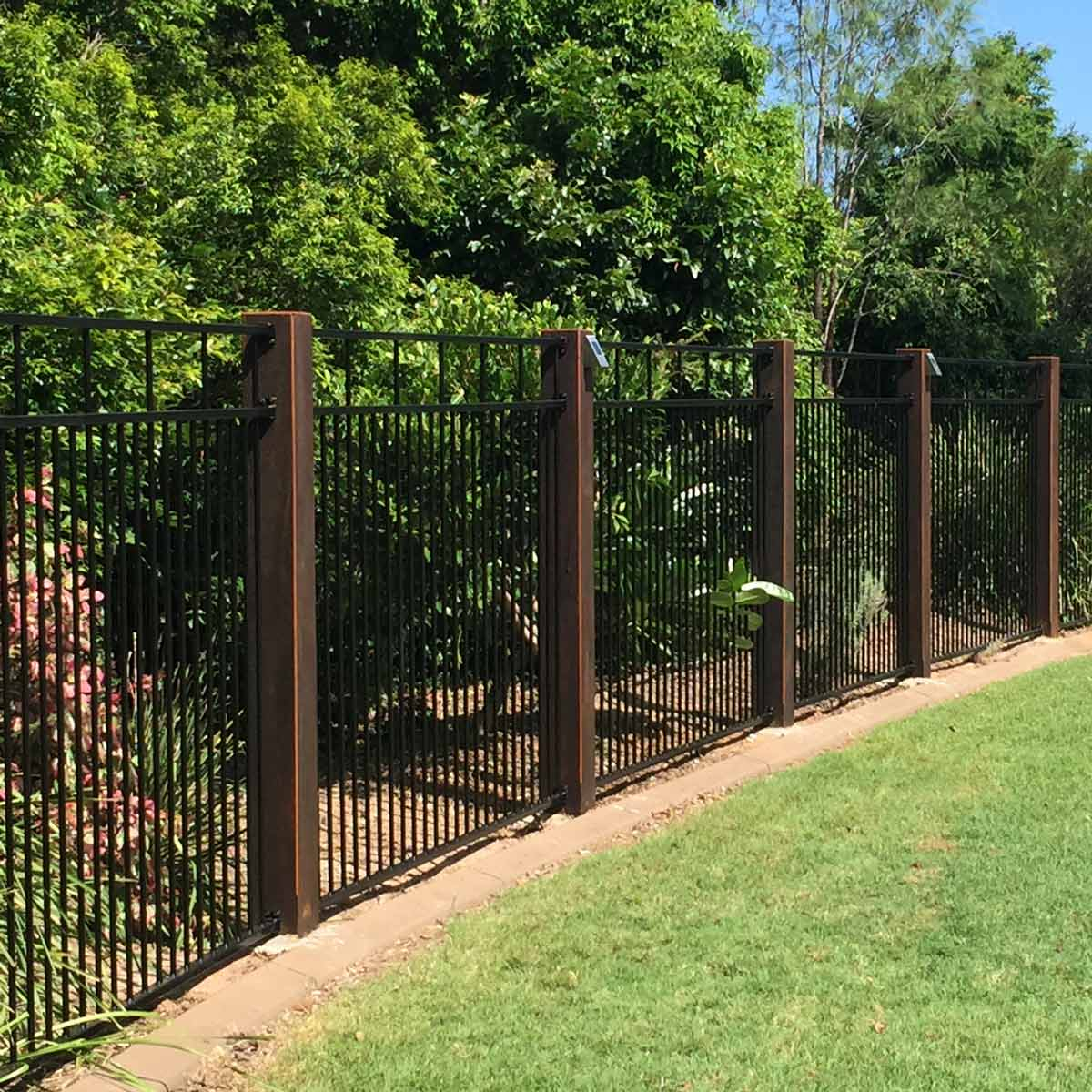 23.SIMPHOME.COM yard fencing with a modern fence ideas family handyman