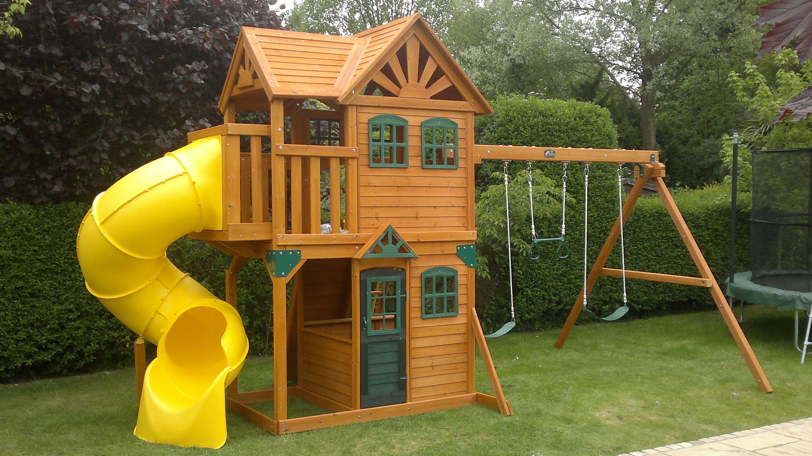 25.SIMPHOME.COM best outdoor playhouse outdoor ideas