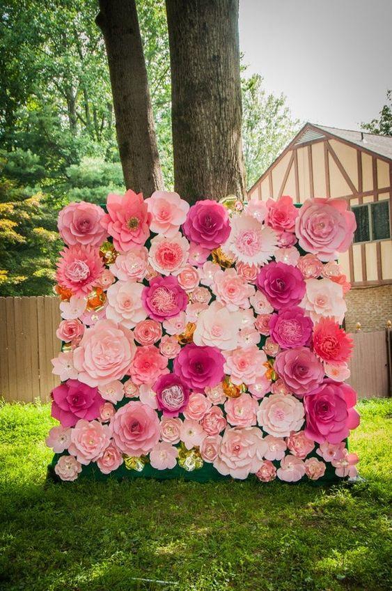 3.Flower Photo Booth Etsy via SImphome.com