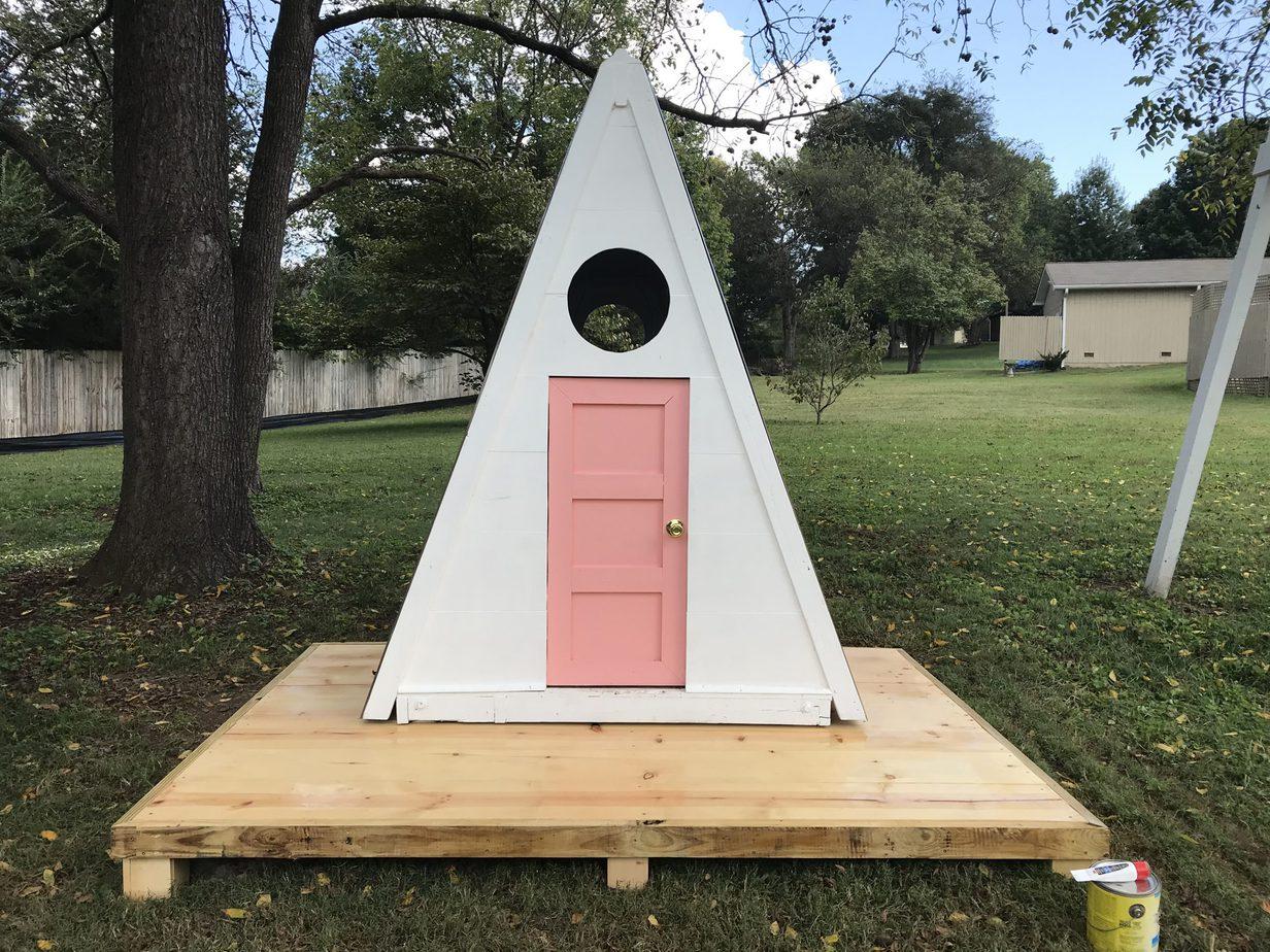 5.A Frame Playhouse Project idea via Simphome.com no model