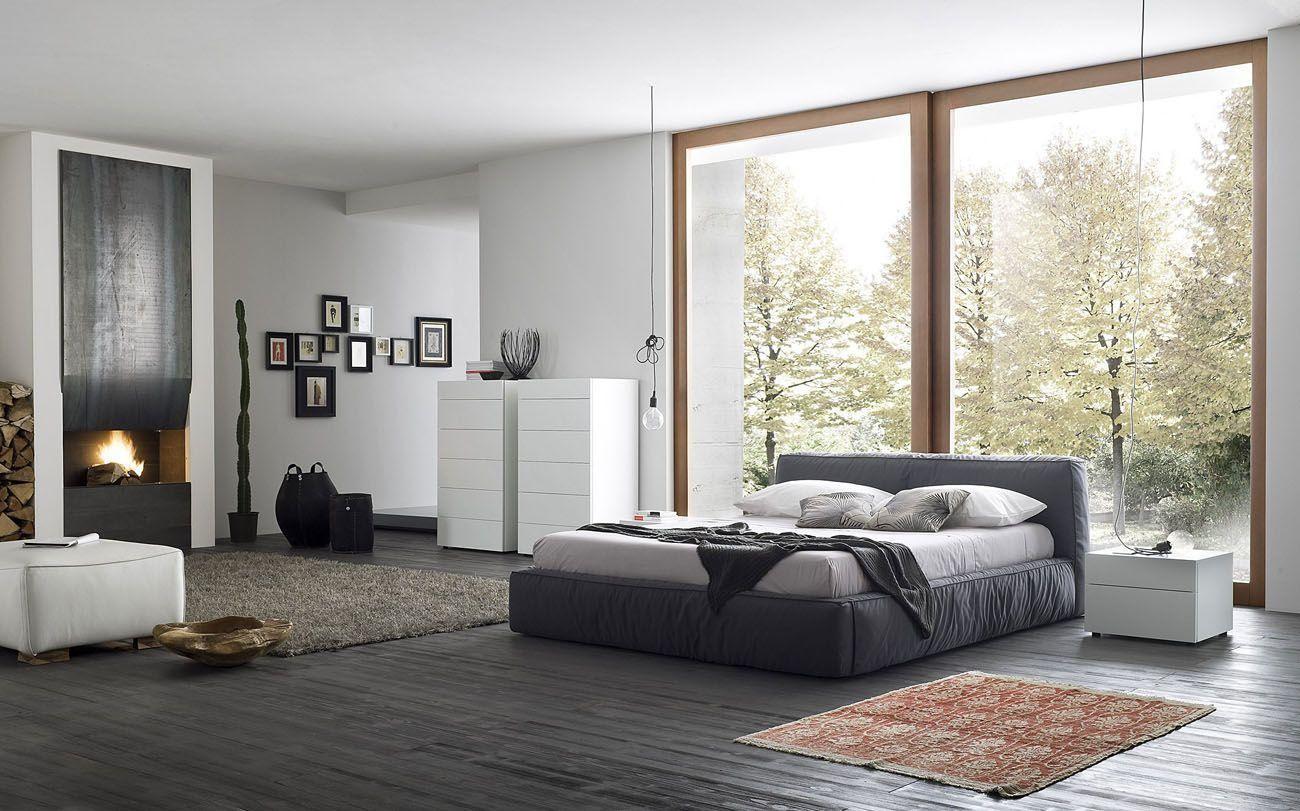 5.SIMPHOME.COM Minimalist Master Bedroom with Wide Windows