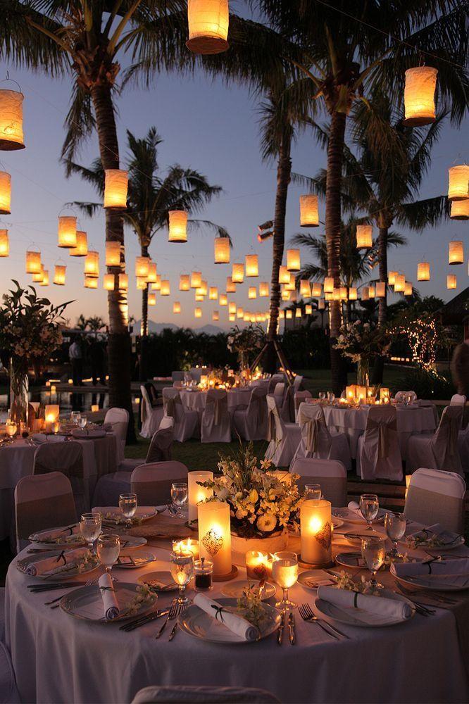 6.SIMPHOME.COM 10 Backyard BBQ Wedding Reception The Outdoor Lighting